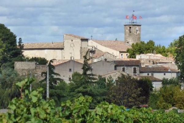 Le village d'Adissan, 1200 habitants, dans l'Hérault.