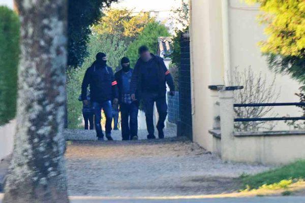 Les perquisitions ont commencé dès lundi matin à Saint-Dizier. Elles se poursuivent depuis.