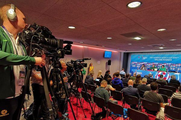 Conférence de presse des Australiennes ce samedi à Valenciennes.