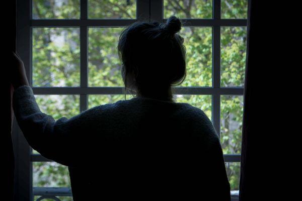 Le confinement peut mettre nos nerfs à rude épreuve. (Illustration)