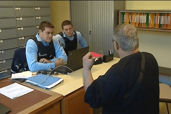 Permanence de gendarmerie à la poste de Montpezat-sous-Bauzon