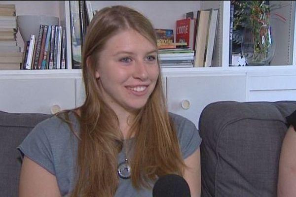 Esther Luigi, Doloise, 17 ans et 20,5 sur 20 à son bac L...