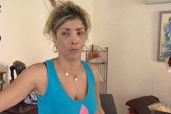 La mère d'Erika, sous le choc après la mort de sa fille - 26 août 2015