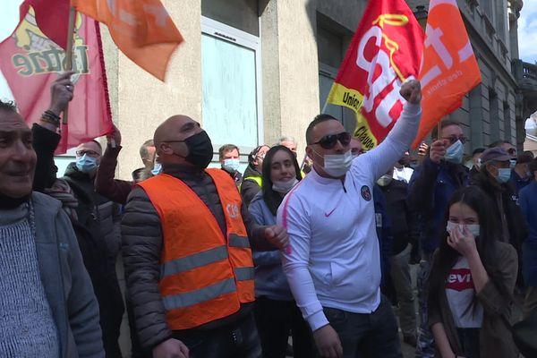La mobilisation des salariés de MBF ne faiblit pas