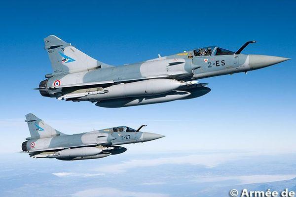 Les Mirage 2000-5F sont capables d'intercepter jusqu'à 4 appareils simultanément