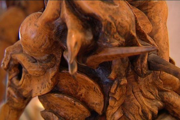 Les Ateliers d'AnTan exposent 25 artistes, représentant plus d'une quinzaine de métiers d'art, comme la sculpture sur bois.