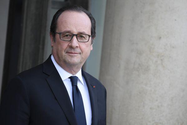 François Hollande effectue un déplacement en Isère le samedi 18 mars 2017. Le Président de la République est attendu à Grenoble et Crolles.