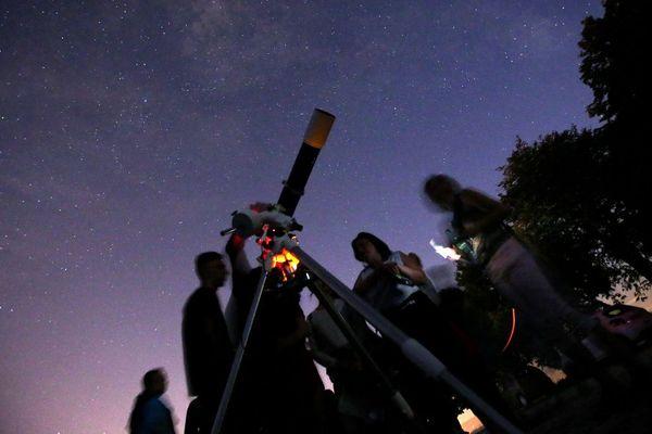 Des centaines de club d'astronomie ouvrent leurs portes.