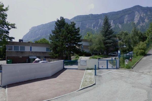 L'entrée du collège du Grésivaudan à Saint-Ismier