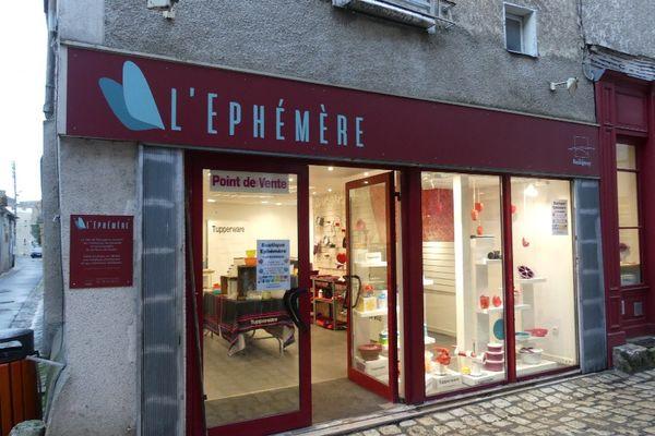 """La boutique-test """"l'Ephémère"""", rue de l'Ours."""