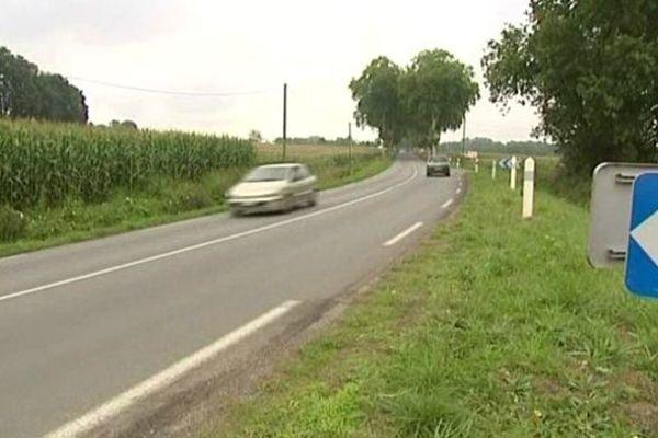 Un virage anodin pour un conducteur en pleine capacité de ses moyens, mais le premier août 2011 une voiture se retrouve sur la voie opposée. Elle s'encastre dans un minibus, tuant deux passagers, blessant deux autres très grièvement. Les circonstances étaient au coeur du débat judiciaire.