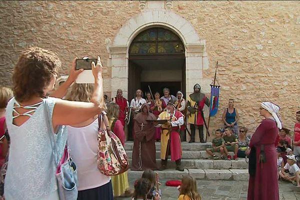 La Fête médiévale à Saint-Cézaire sur Siagne, dans l'arrière-pays de Grasse.