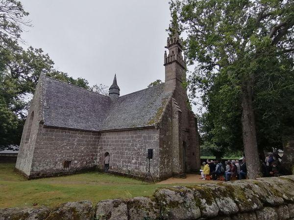 La chapelle des Sept Saints au Vieux Marché lors de la messe solennelle des Sept Dormants