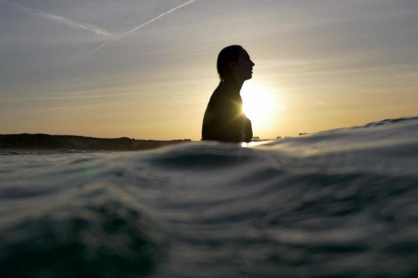 Rencontres avec des surfeuses, des sauveteuses et des sirènes