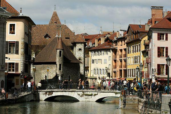 Des capteurs vont être installés autour d'Annecy pour mesurer la pollution. Photo d'illustration.