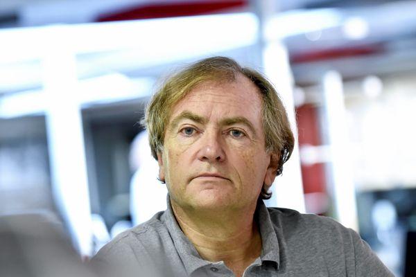 Didier Van Cauwelaert propose de payer les amendes des librairies qui resteraient ouvertes malgré l'interdiction.
