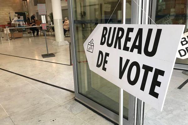 A 17h dans l'Hérault, le taux d'abstention était de 32,37% - 27 juin 2021