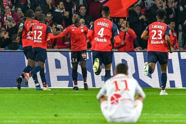 Lors de la 34ème journée de Ligue 1, les joueurs de Nîmes se sont inclinés face à Lille. Score final : 5 à 0.