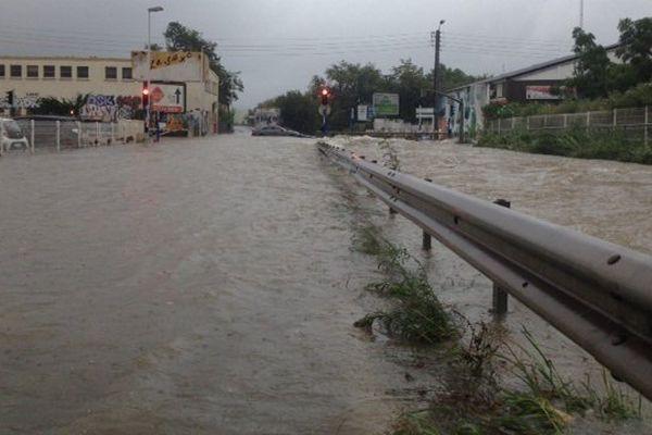Le secteur des Près d'Arènes à Montpellier inondé - 23 août 2015