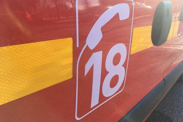 Véhicule de sapeurs-pompiers.