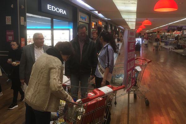La Collecte des Restos du Coeur a été suivie par notre équipe à Houdemont (Meurthe-et-Moselle) avec Miss Grand Nancy.