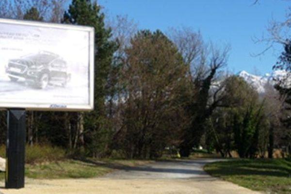 Un affichage jugé illégal par Paysages de France à Grenoble