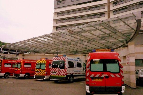 Image d'illustration. Les pompiers ont emmené les 4 victimes au CHU de Rouen.