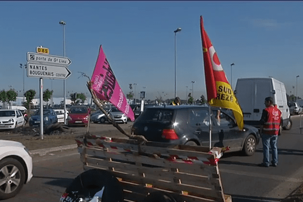 200 manifestants ont perturbé l'accès à l'aéroport, à Airbus et à la zone industrielle les 26 et 27 mai.