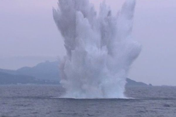 Torpilles, Obus, bombes, grenades… La marine nationale traite tous les ans, pour dépolluer la zone maritime Méditerranéenne, plusieurs centaines de munitions historiques.