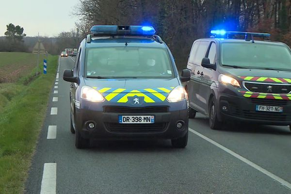 Un premier témoin signale près de Fronton vers 11h30 un cycliste à terre percuté par un véhicule qui prend la fuite.