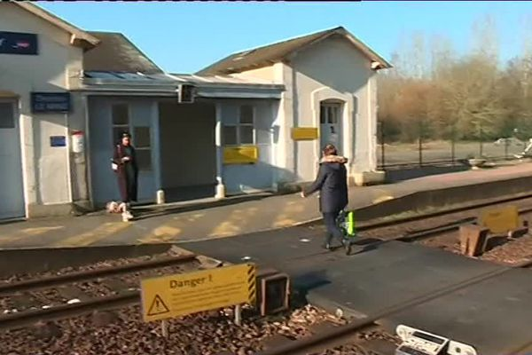Une jeune étudiante a été percutée par un train en traversant les voies à Ecommoy