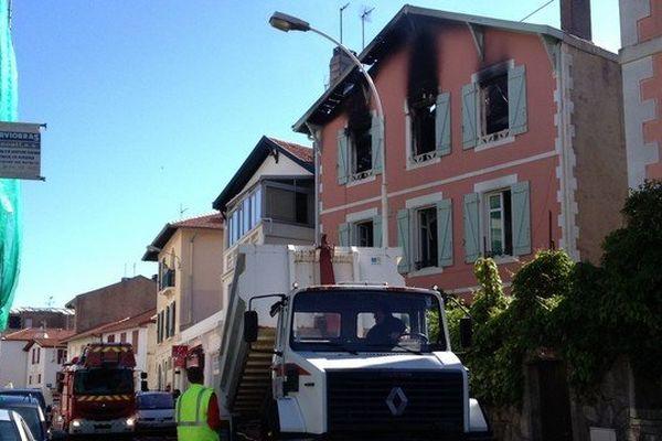 l'incendie s'est déclaré au deuxième étage de cette habitation du centre-ville de Barritz