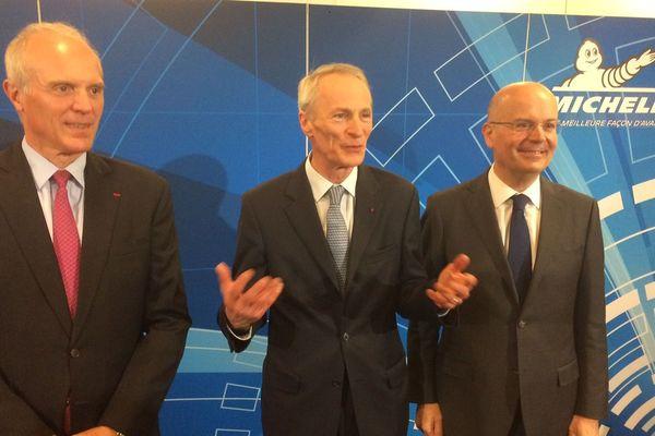 L'actuel président du groupe Michelin Jean-Dominique Senard au centre, avec son successeur Florent Menegaux à gauche et à droite Yves Chapot, futur gérant non commandité. Des nominations validées au cours de l'AG des actionnaires qui s'est tenue vendredi 18 mai à Clermont-Ferrand.