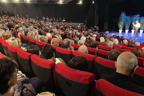 David Lisnard propose son programme aux Cannois à Cannes-la-Bocca