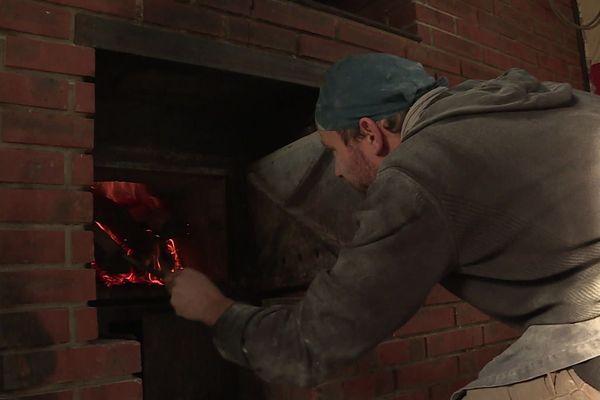 Le four à bois du fournil du moulin de l'Arbalète