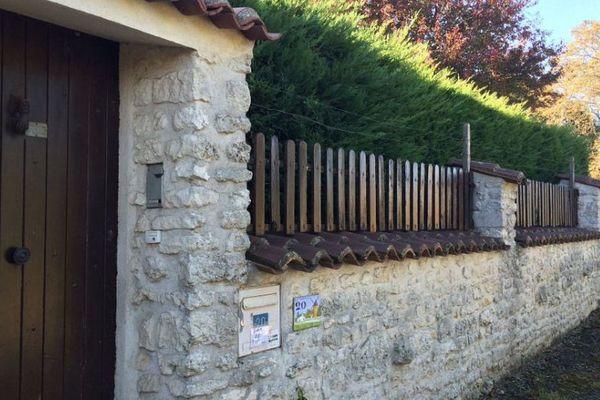 Une partie du corps de la victime a été découvert dans la maison de ses parents, à La Vallée en Charente-Maritime.