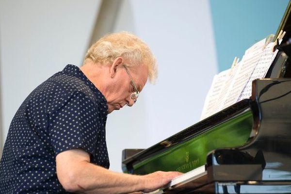 Le pianiste britannique John Taylor.
