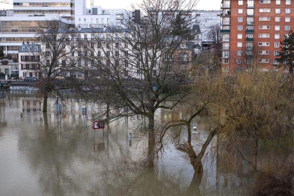 La Marne en crue à Joinville-le-Pont dans le Val-de-Marne, en janvier 2018 (illustration).