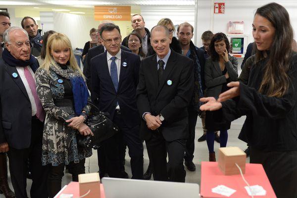 Le président du salon électronique de Las Vegas, Gary Shapiro, en visite à Angers en octobre 2016.