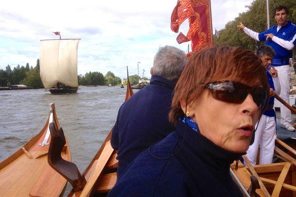 Erla et Lino à bord d'une gondole vénitienne