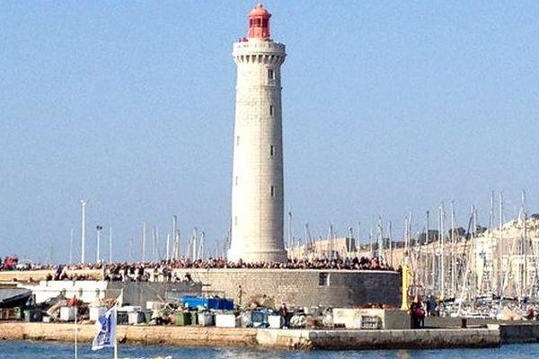 Le phare de Sète vu depuis la goélette Santa Maria Manuela qui participe au rassemblement des grands voiliers lors d'Escale à Sète en mars 2016