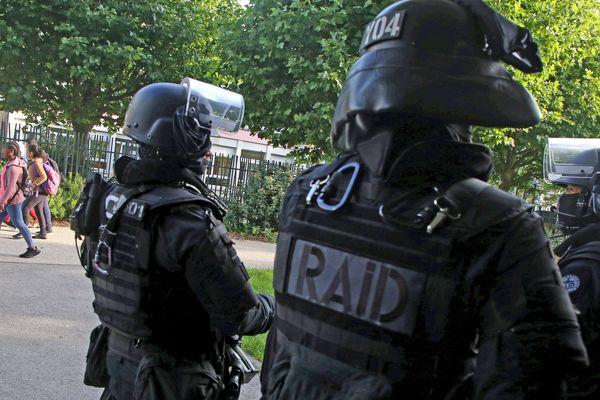 Plusieurs arrestations le 18 juin ont eu lieu en France suite à des violences survenues à Dijon, menées par le RAID et la BRI (image d'illustration)