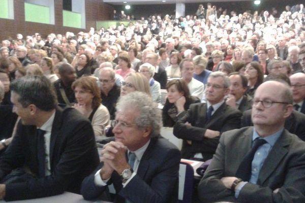 Une réunion houleuse à Paris-Dauphine lundi soir, au sujet de l'implantation d'un centre d'hébergement en lisière de Boulogne.
