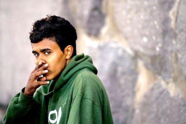 Un jeune immigré marocain à  Melilla, à la frontière espagnole