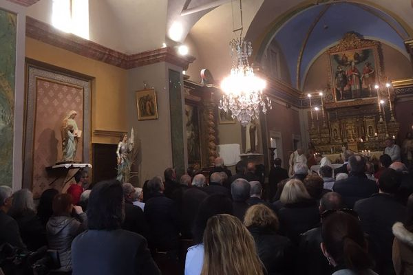Affluence pour la messe inaugurale ce samedi 30 mars.