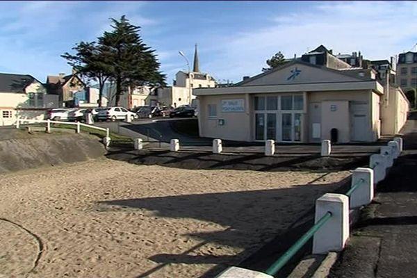 A Saint-Pair-sur-Mer, un hôtel quatre étoiles pourrait remplacer cette salle polyvalente située en front de mer