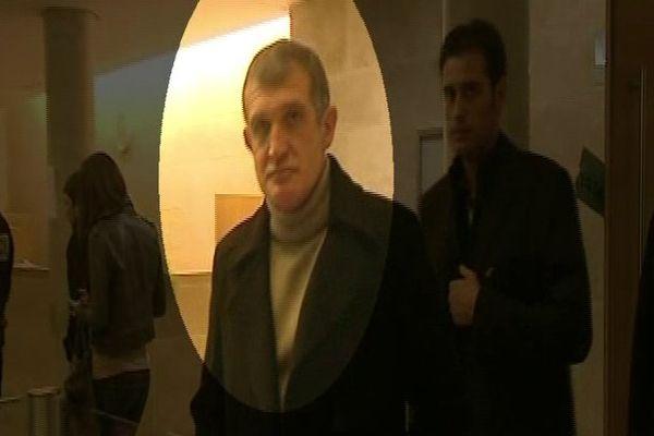 ARCHIVES - Jean-François Federici, filmé lors d'un procès à Aix-en-Provence en 2010