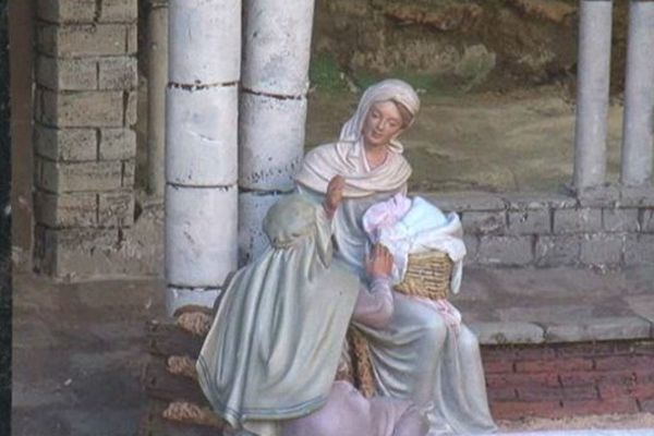 Une scène de la Nativité qui dérange...