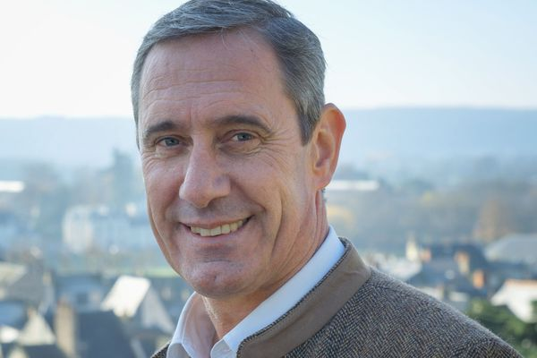 Jean-Luc Dupont remporte les Municipales 2020 à Chinon