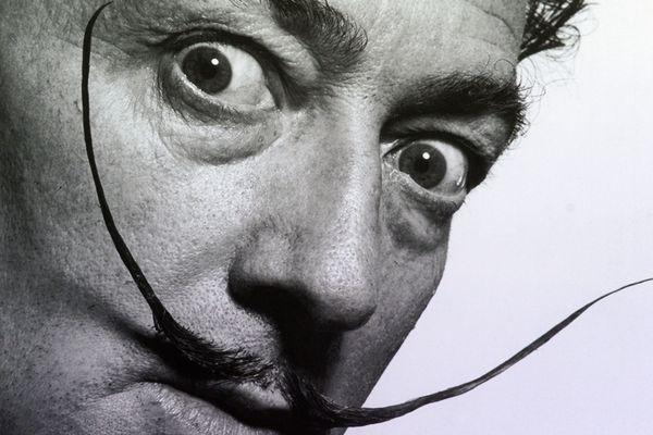 Salvador Dali photographié par Philippe Halsman.